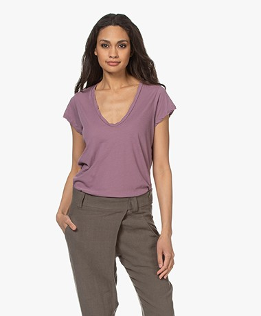 James Perse V-neck T-shirt in Extrafine Jersey - Tyrian