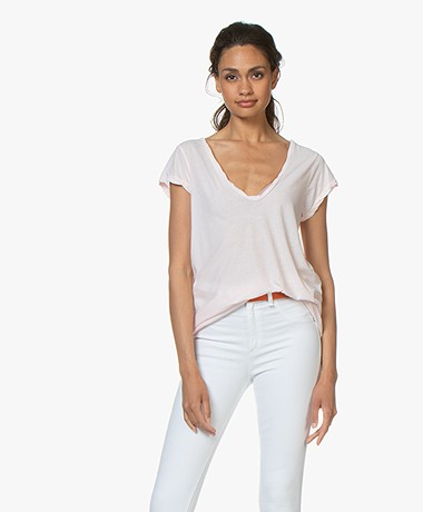James Perse V-neck T-shirt in Extra Fine Jersey - Zephyr