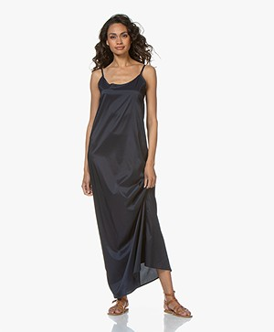 Woman by Earn Romy Satijnen Maxi Jurk - Navy