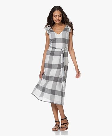 indi & cold Checkered Crinkle-cotton Midi Dress - Ecru