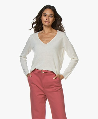 Majestic Filatures Cashmere Blend V-neck Sweater - Milk