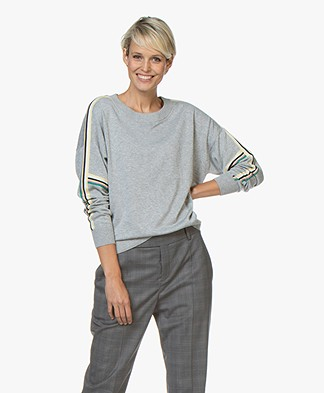 Repeat Fine Knitted Sweater with Striped Details – Light Grey