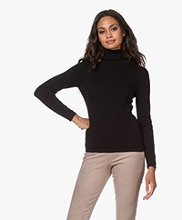 Resort Finest Cashmeremix Turtleneck Sweater - Black