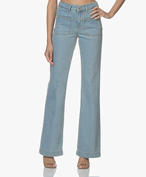 Vanessa Bruno Dompay Flared Jeans - Bleached