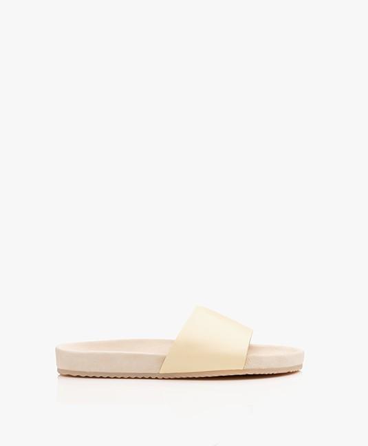 Filippa K Logan Leather Slipper Sandals - Vanilla