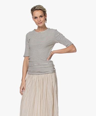 by-bar Maya Gestreept Rib T-shirt - Off-white/Zwart