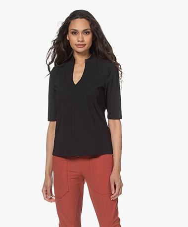 Woman by Earn Tul Tech Jersey Splithals T-shirt - Zwart