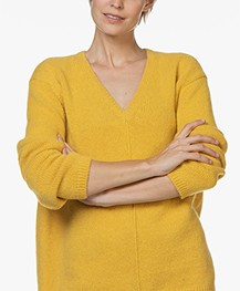Closed V-neck Sweater with Alpaca - Curry