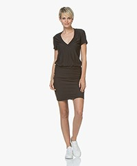 James Perse Jersey V-hals T-shirt Jurk - Carbon