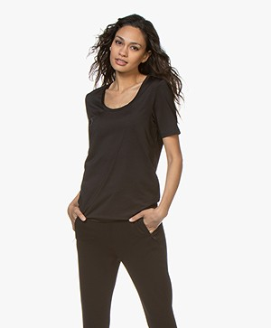 Buzinezz By BRAEZ Tech Jersey T-shirt met Ronde Hals - Zwart
