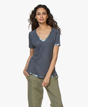 Zadig & Voltaire Margot Foil T-shirt - Grijsblauw