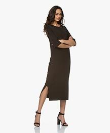 ba8346d49ef345 Home  »  jurken  »  recht · Drykorn. Efta Milano Gebreide Midi Jurk Zwart