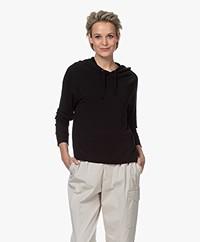 Majestic Filatures Viscose Sweater met Capuchon - Zwart