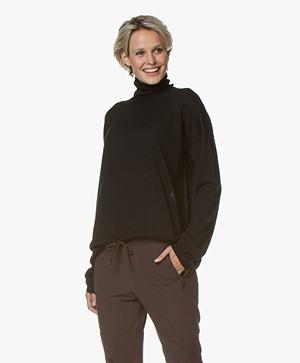 Woman by Earn Ace Turtleneck Sweater in Merino Wool - Black