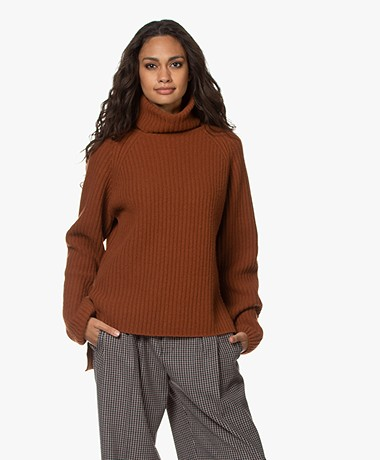 Woman by Earn Annet Cashmere Blend Ribbed Pullover - Caramel