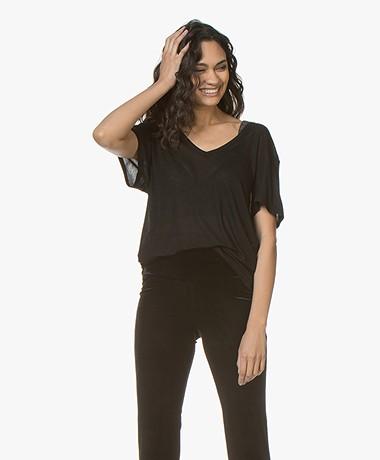 ANINE BING Deep V-neck Silk T-Shirt - Zwart