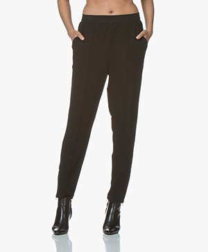 By Malene Birger Sunday Twill Jersey Loose-fit Broek - Zwart