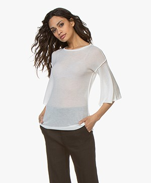 Fine Edge Gebreid Cashmere T-shirt - Off-white