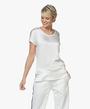 Kyra & Ko Myrna T-shirt met Zijden Voorpand - Off-white