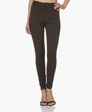 Drykorn Winch Skinny Slangenprint Pantalon - Zwart