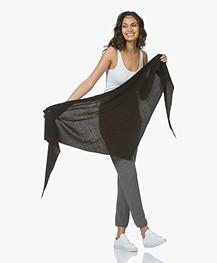 Resort Finest Cashmeremix Sella Driehoek Sjaal - Zwart