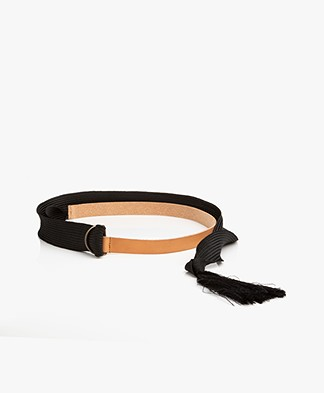 forte_forte Narrow Leather Wrap Belt - Naturale Black