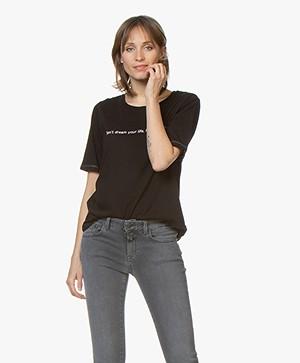 MKT Studio Tamey Statement Print T-shirt - Zwart
