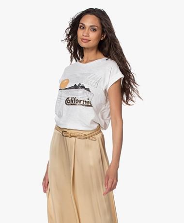MKT Studio Tornia Print T-shirt van Bio Katoen - Off-white