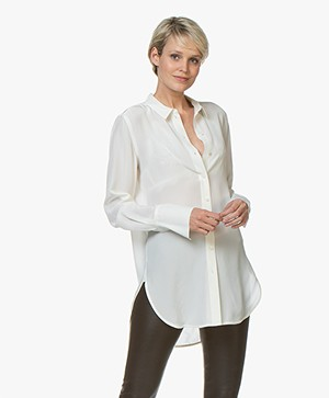 By Malene Birger Likarah Zijden Blouse - Soft White