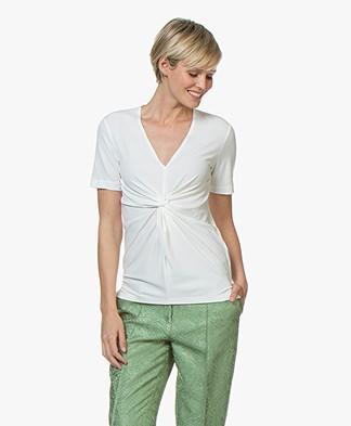 By Malene Birger Ciia Crêpe T-shirt met Plooi - Soft White