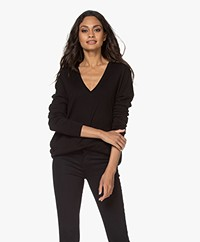 Denham Taylor Fine Knit V-neck Sweater - Black