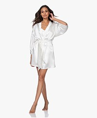 By Dariia Day Mulberry Silk Robe - Powder White