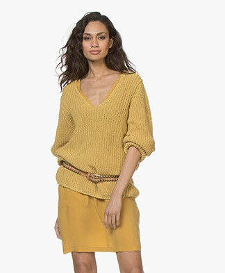 Closed Chunky Knit Cotton V-neck Sweater - Afternoon Sun