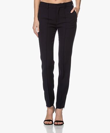Drykorn Globe Slim-fit Twill Pants - Dark Blue