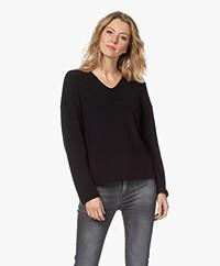 Drykorn Merina Fisherman's V-neck Sweater - Black