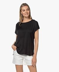 Repeat Jersey T-shirt met Zijden Voorpand - Zwart
