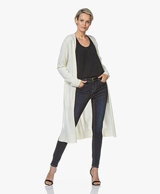 Repeat Luxury Lang Vest van Puur Cashmere - Crème