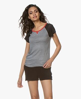 Majestic Filatures Linnen Jersey T-Shirt - Grijs/Zwart/Rood