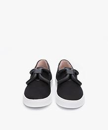 An Hour And A Shower Livia Slip-on Canvas Sneakers - Zwart