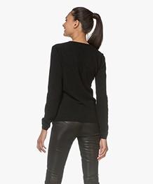 Resort Finest Via V-neck Pullover - Black
