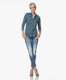 BOSS J21 Roseville Distressed Slim-fit Jeans - Middenblauw