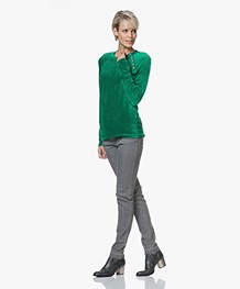 Majestic Filatures R-neck Pullover in Velours Jersey - Green