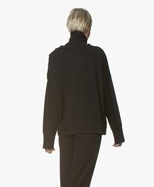 Joseph Osize Mongolian Cashmere Pullover - Zwart