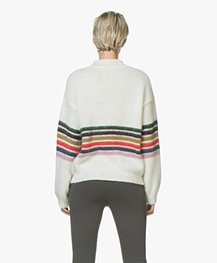 BY-BAR Jil Mohairmix Trui met Streepdessin - Off-white