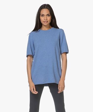 extreme cashmere N°64 Lang Gebreid Cashmere T-shirt - Ocean