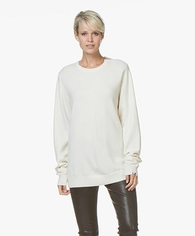extreme cashmere N°36 Be Classic Cashmere Trui met Ronde Hals - Cream
