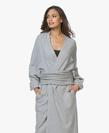 extreme cashmere N°8 Multifunctioneel Cashmere Accessoire - Grijs