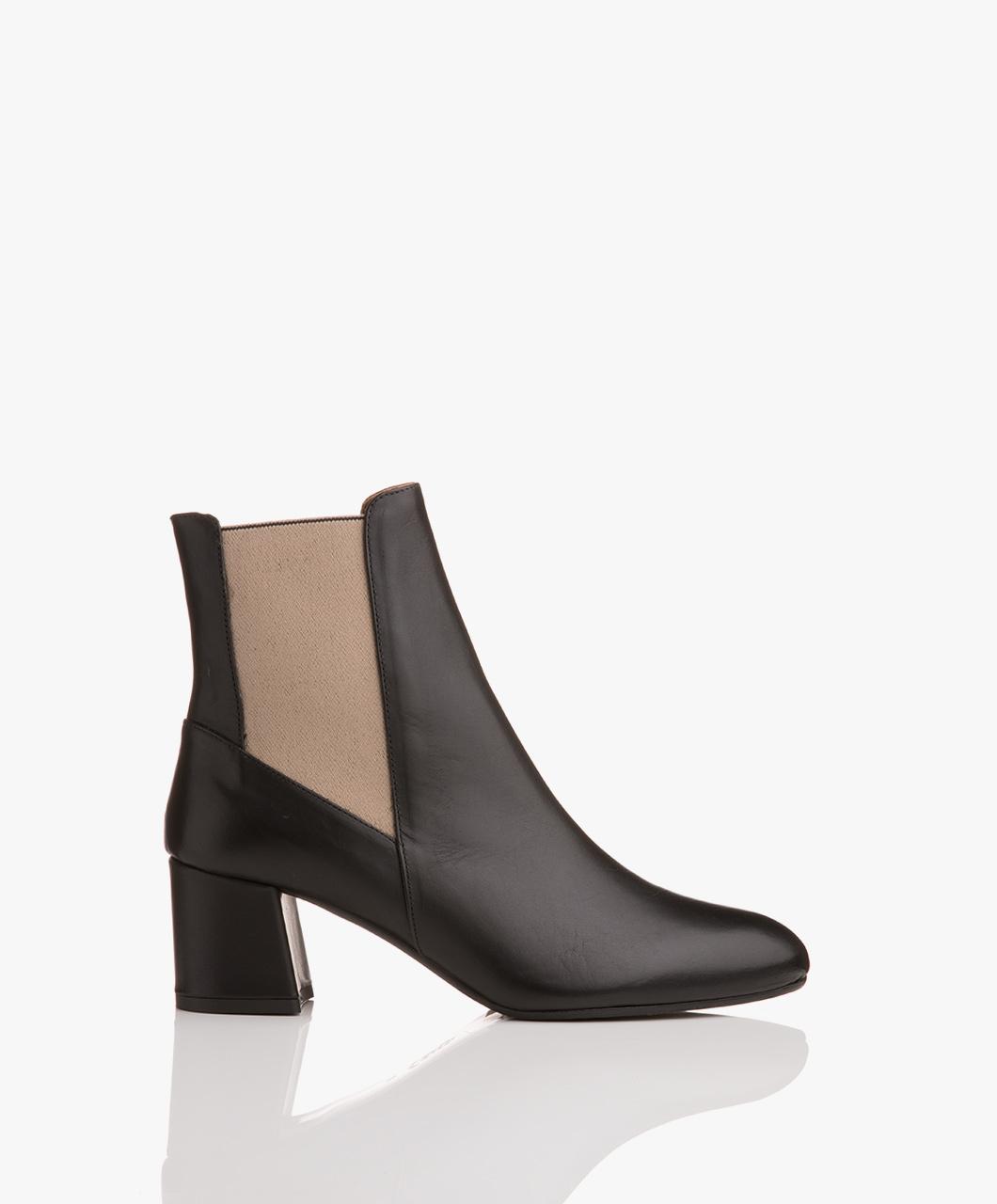 Immagine di ATP Atelier Boots Altea Leather Ankle in Black Vacchetta