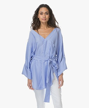 By Malene Birger Tavisa Tuniekblouse - Hyper Blue