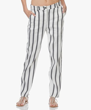 Woman by Earn Marli Linnenmix Gestreepte Broek - Off-white